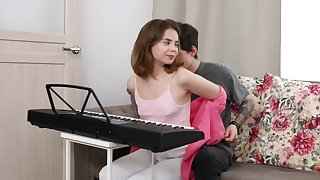 Sweet Russian girlfriend Bella Gray gets fucked in her tight ass