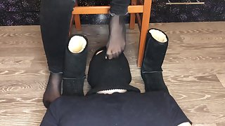 kelly feet mistress slave lick shoes motor coach girl kiss coupled with fetidness nylon socks
